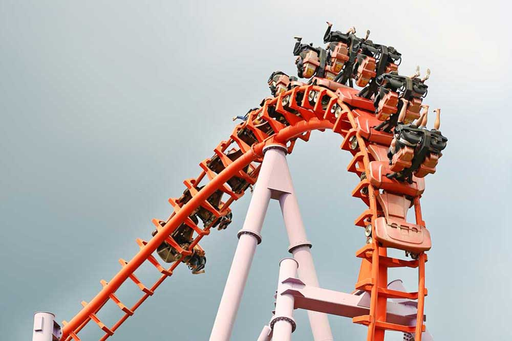 Rollercoaster safety and maintenance